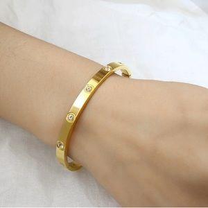 Jewelry - Gold & Diamond Bangle Bracelet